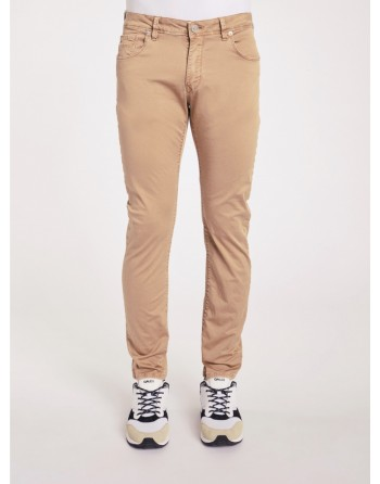 Pantaloni slim fit Gaudi'...