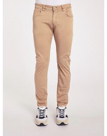 Pantaloni slim fit Gaudi'...