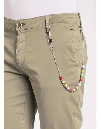Pantaloni slim in gabardina...
